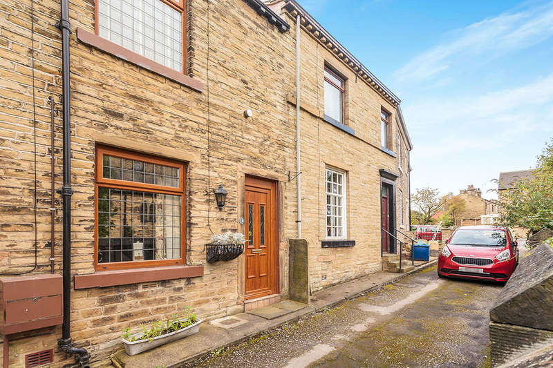 1 Bedroom Terraced House for sale in Roundwell Road, Liversedge, WF15