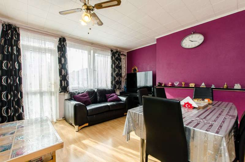 4 Bedrooms Maisonette Flat for sale in Massingham Street, Stepney, E1