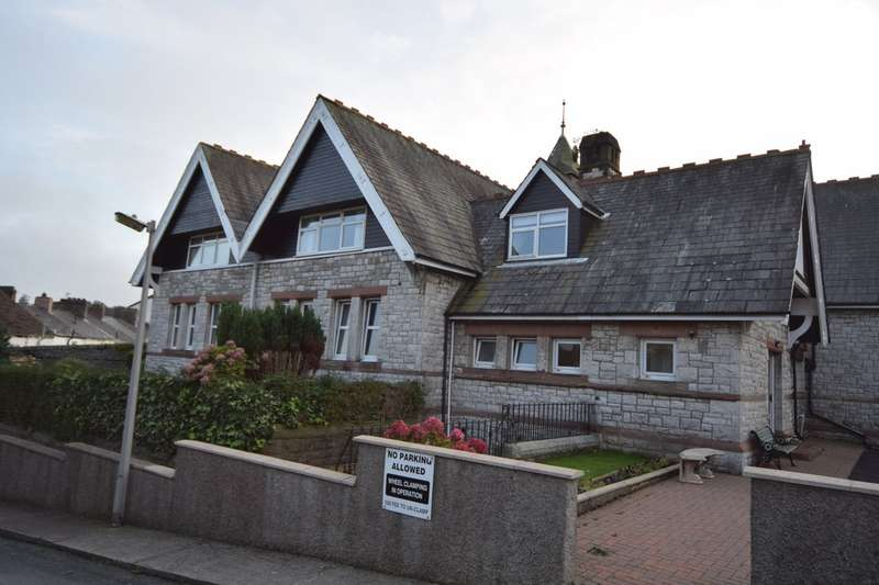 1 Bedroom Flat for sale in Broughton Road, Dalton-in-Furness, Cumbria, LA15 8RB