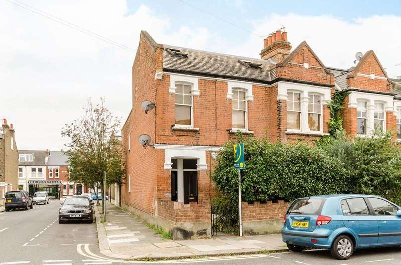 2 Bedrooms Flat for sale in Wardo Avenue, Fulham, SW6