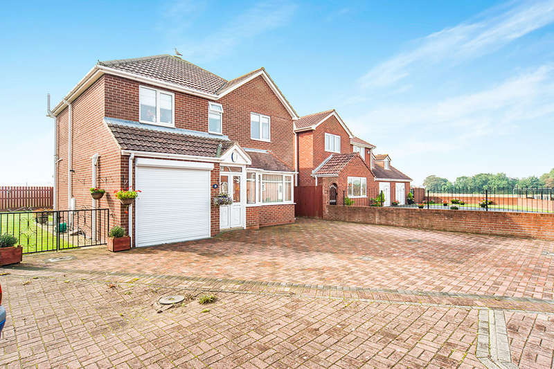 4 Bedrooms Detached House for sale in Owthorne Grange, Withernsea, HU19