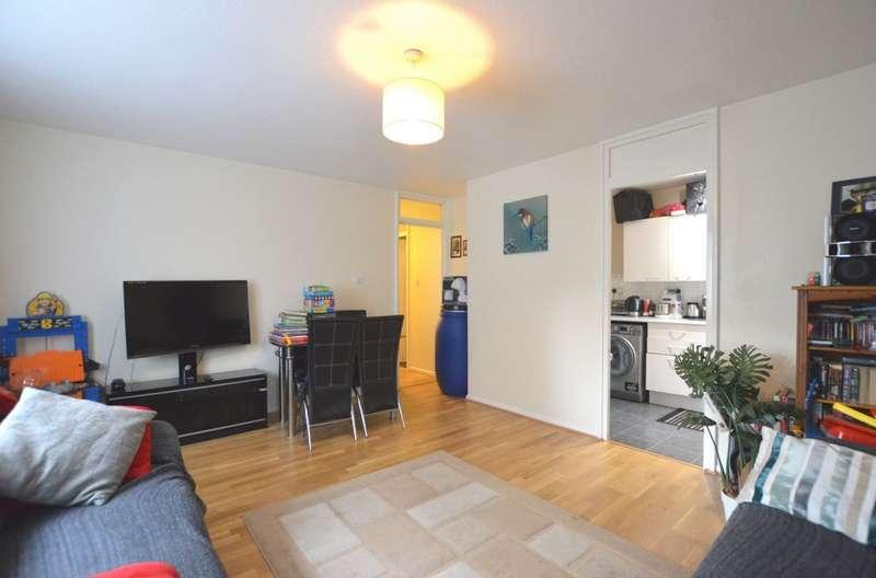 1 Bedroom Flat for sale in Beachborough Road, Downham, BR1