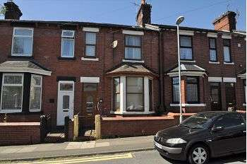 4 Bedrooms Town House for sale in Greengates Street, Tunstall, Stoke on Trent, ST6 6BL