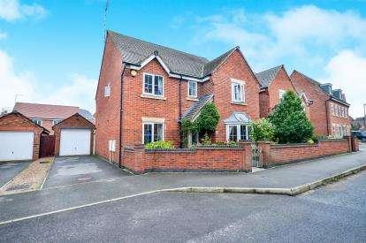 5 Bedrooms Detached House for sale in Sylvan Avenue, Kirkby-In-Ashfield, Nottinghamshire, Notts