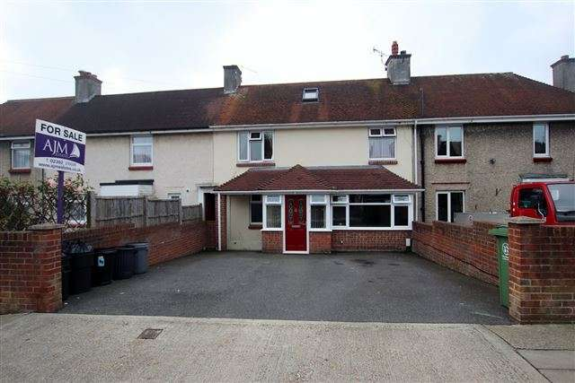4 Bedrooms Terraced House for sale in Medina Road, Cosham, Portsmouth, Hampshire, PO6 3HA