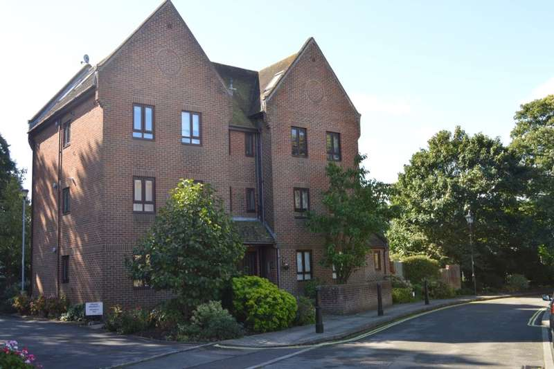 1 Bedroom Flat for sale in The Parchment, Havant, PO9