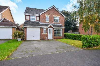 4 Bedrooms Detached House for sale in Franderground Drive, Kirkby-In-Ashfield, Nottingham, Notts