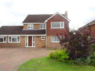 4 Bedrooms Detached House for sale in Badgers Close, Canterbury, Kent
