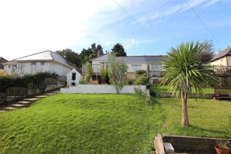 3 Bedrooms Semi Detached Bungalow for sale in Penwethers Lane, Truro