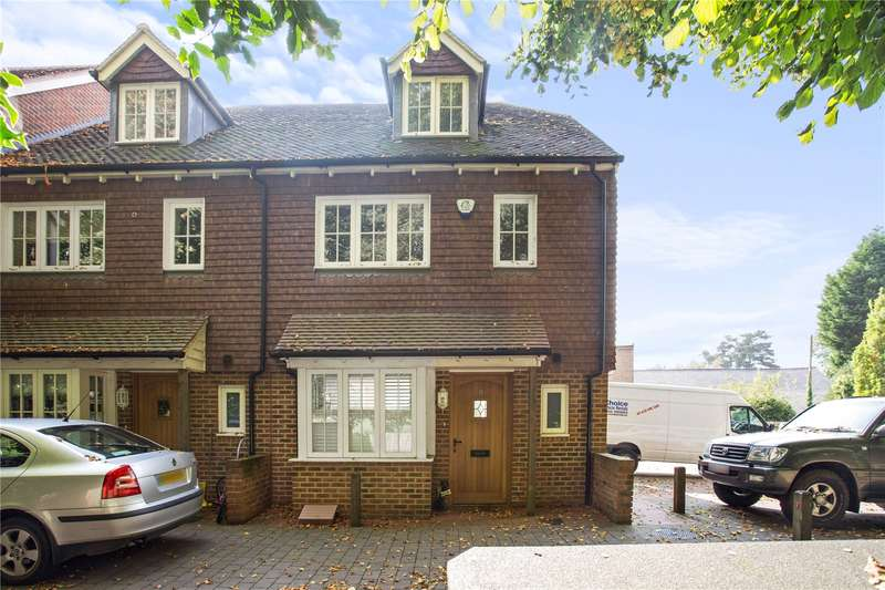 3 Bedrooms Mews House for sale in Water Lane, Handcross, Haywards Heath, West Sussex, RH17