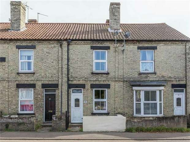 2 Bedrooms Terraced House for sale in London Street, Swaffham, Norfolk