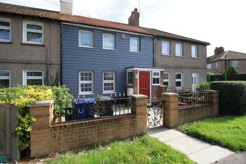 3 Bedrooms Terraced House for sale in Feenan Highway, Tilbury
