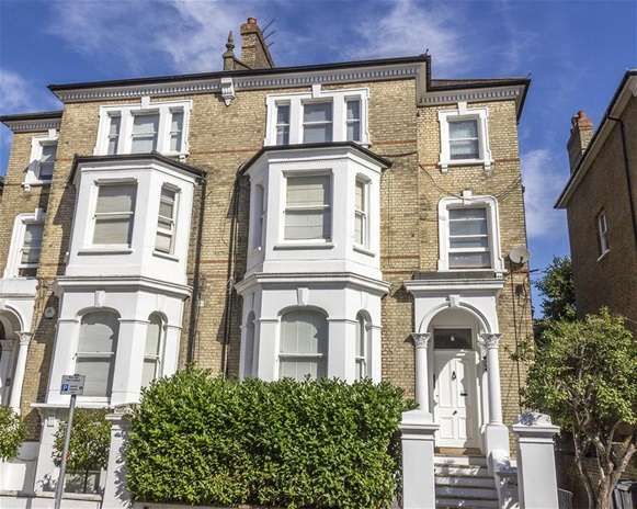 2 Bedrooms Flat for sale in St. Philips Road, Surbiton