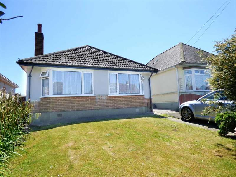 3 Bedrooms Detached Bungalow for sale in MODERN DECOR THROUGHOUT AND SPACIOUS REAR GARDEN