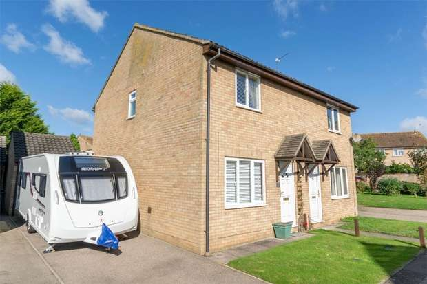 3 Bedrooms Semi Detached House for sale in 11 Wigg Road, Fakenham