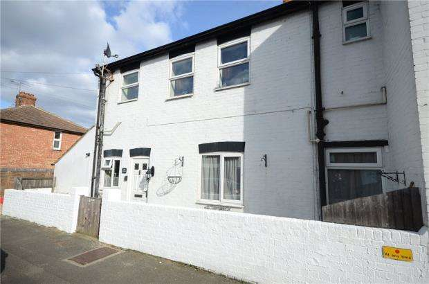 1 Bedroom Apartment Flat for sale in Ash Road, Aldershot, Hampshire