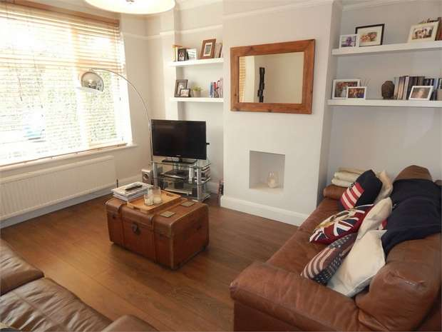 3 Bedrooms Terraced House for rent in Felmingham Road, Anerley, London