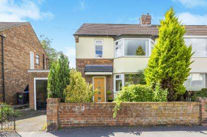 3 Bedrooms Semi Detached House for sale in Moor Crescent, Gilesgate, Durham, County Durham, DH1