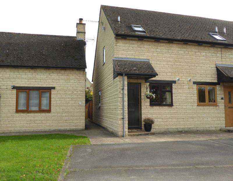 1 Bedroom House for sale in Treadwells, Stanford in the Vale