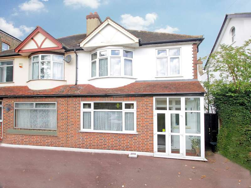 3 Bedrooms Semi Detached House for sale in Gwydor Road, Beckenham, BR3
