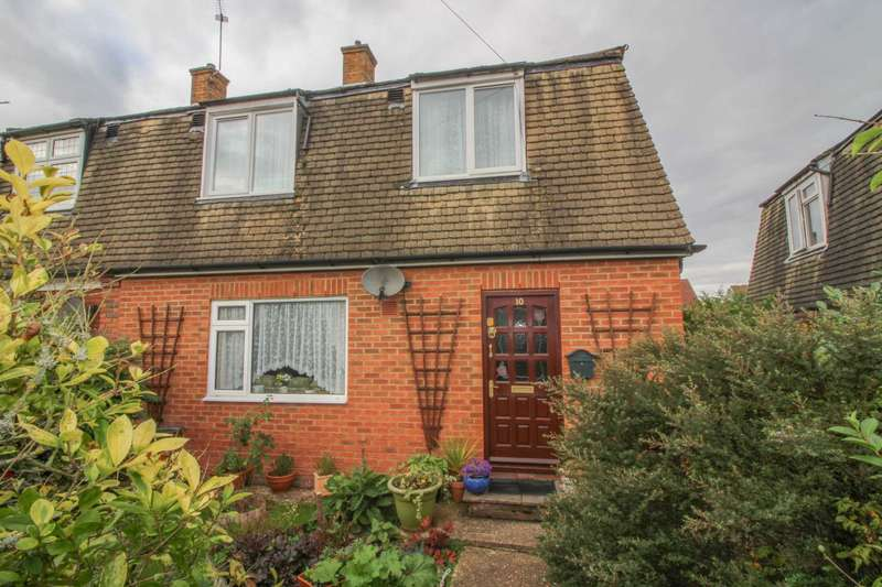 3 Bedrooms Semi Detached House for sale in Oakdale Close, South Oxhey