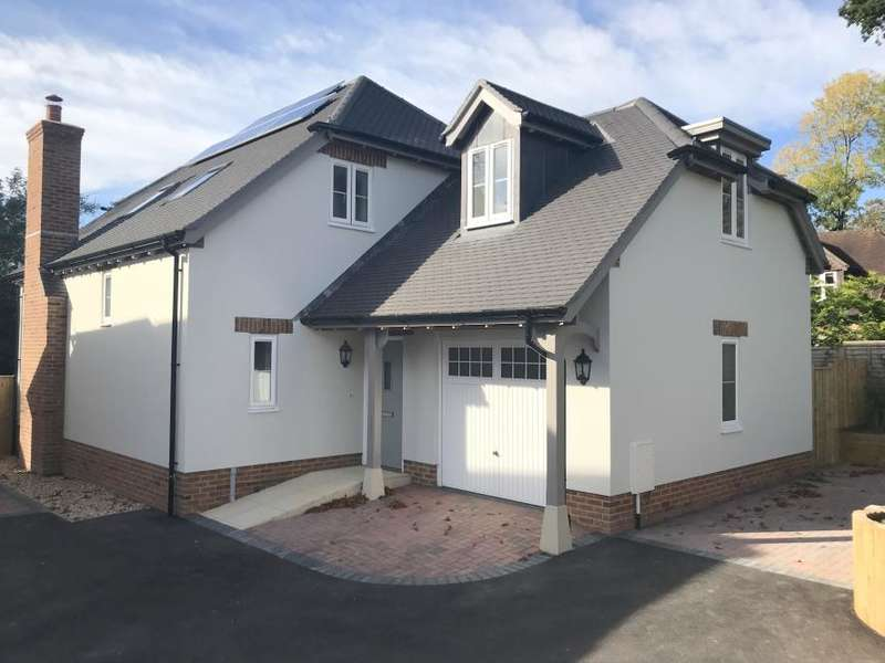 3 Bedrooms Detached House for sale in 4 GARDEN HOUSE, WIMBORNE