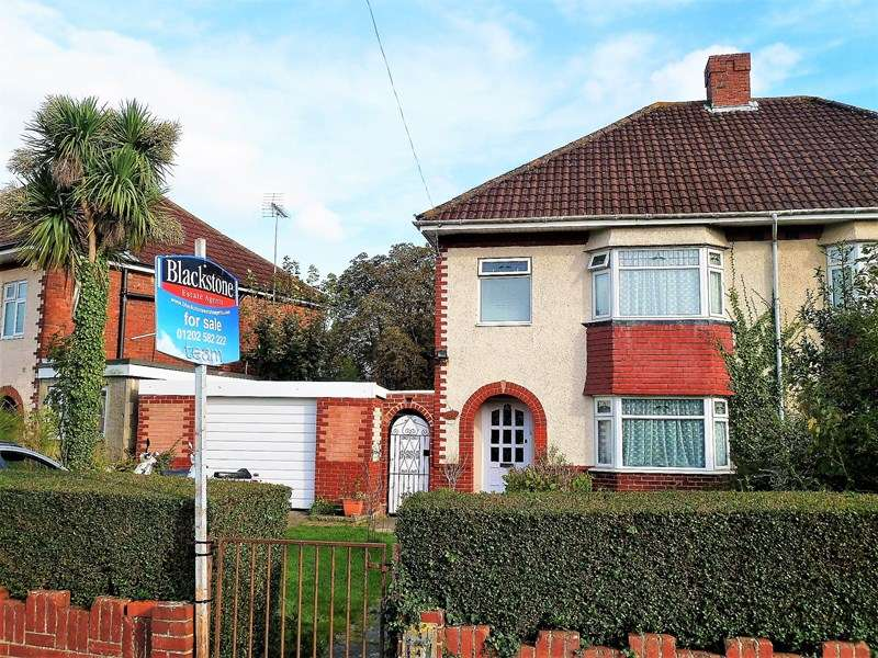 3 Bedrooms Semi Detached House for sale in Highlands Crescent, Kinson, Bournemouth