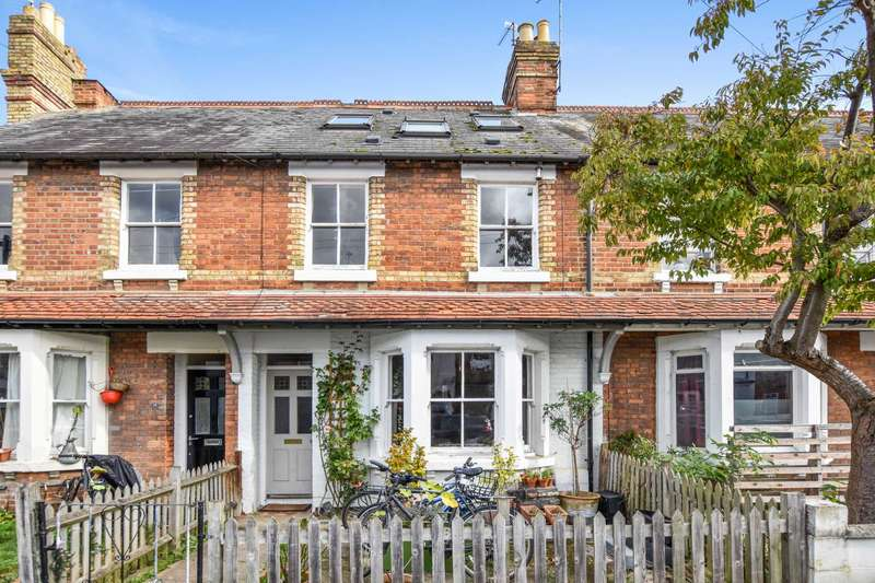 4 Bedrooms Terraced House for sale in Hertford Street, East Oxford