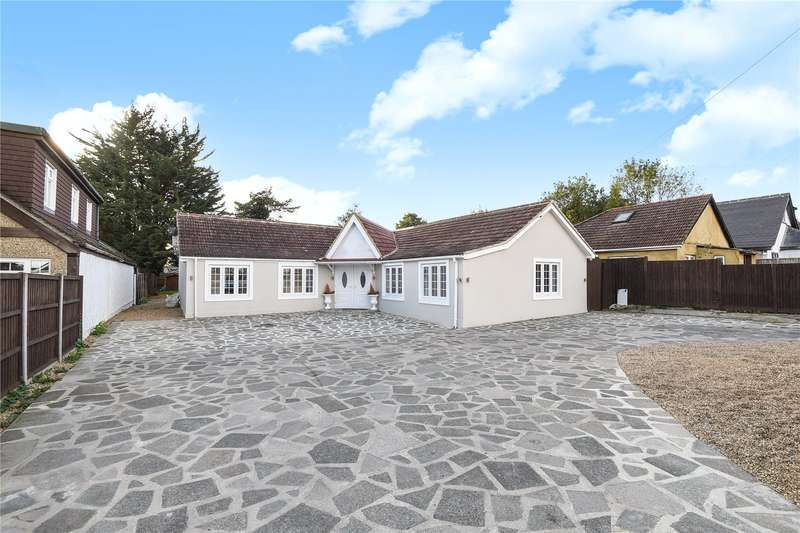 5 Bedrooms Detached Bungalow for sale in Harlington Road, Hillingdon, Middlesex, UB8