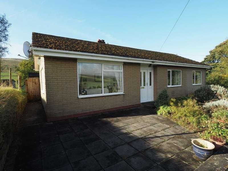 2 Bedrooms Detached Bungalow for sale in Highgate Road, Hayfield, High Peak, Derbyshire, SK22 2JW