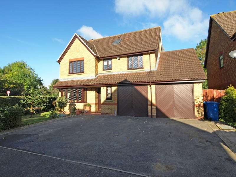 5 Bedrooms Detached House for sale in Coopers Green, Bicester
