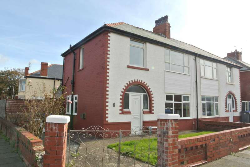 3 Bedrooms Semi Detached House for sale in Rosebank Avenue, Blackpool, FY4 2PH