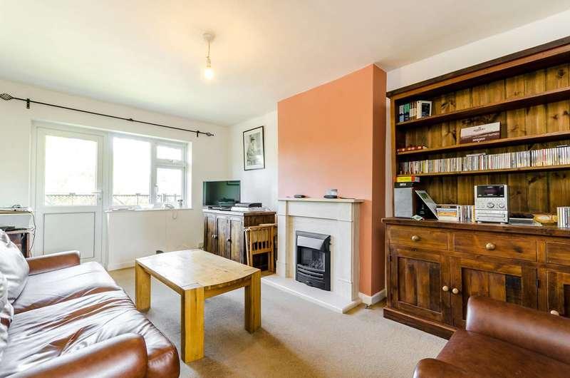 1 Bedroom Flat for sale in Haggard Road, Twickenham, TW1
