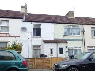 2 Bedrooms Terraced House for sale in Coombe Valley Road, Dover