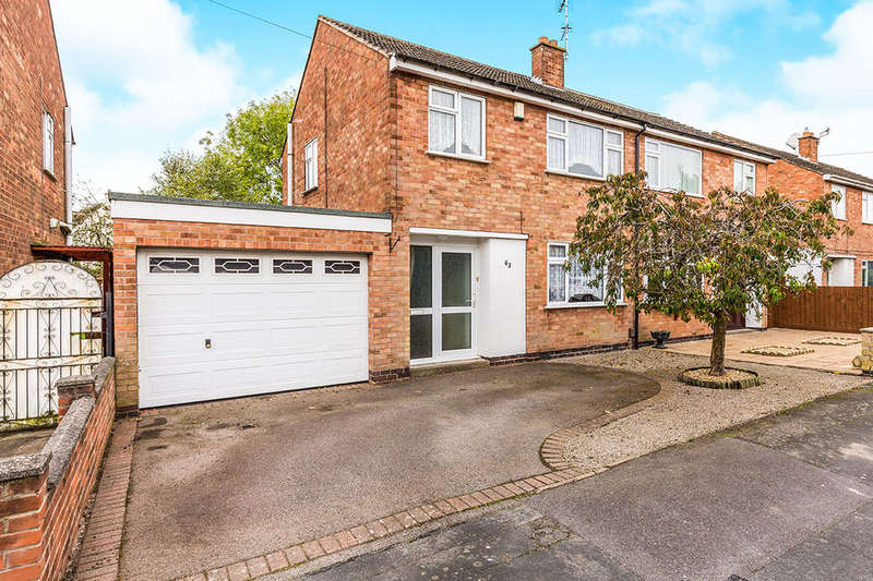 3 Bedrooms Semi Detached House for sale in Mayfield Way, Barwell, Leicester, LE9