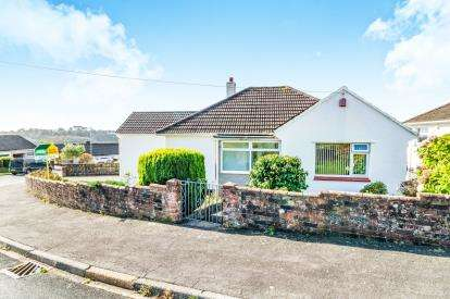 3 Bedrooms Bungalow for sale in Eggbuckland, Plymouth, Devon