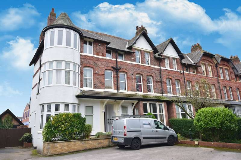 1 Bedroom Apartment Flat for sale in St Annes Road East, Lytham St Annes, FY8