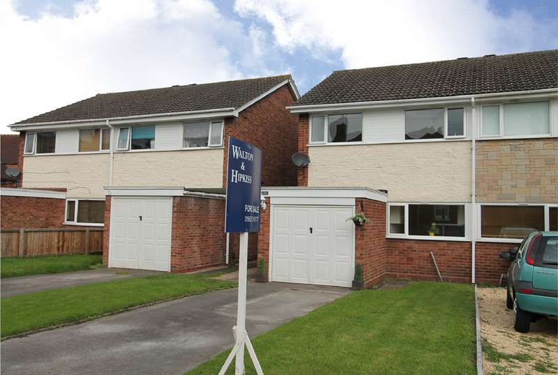 3 Bedrooms Semi Detached House for sale in Holman Street, Kidderminster, DY11
