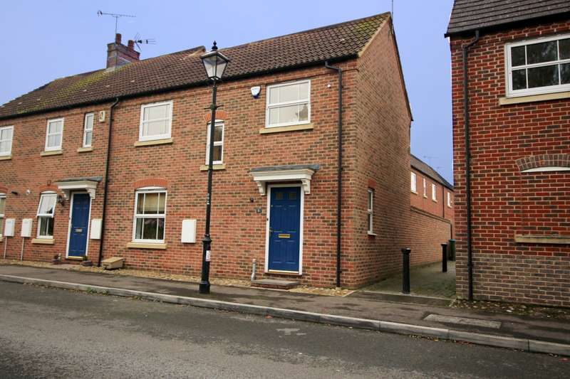 3 Bedrooms End Of Terrace House for sale in Chelsea Rd, Aylesbury, HP19