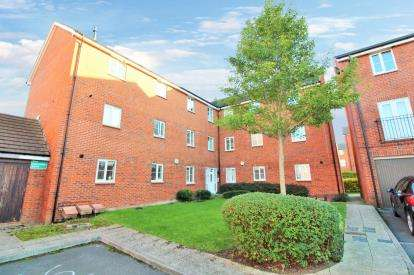2 Bedrooms Flat for sale in Emerson Square, Bristol, Somerset