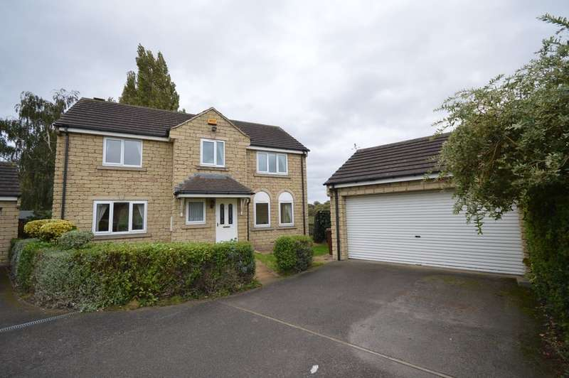 4 Bedrooms Detached House for sale in Green End Lane, Wakefield