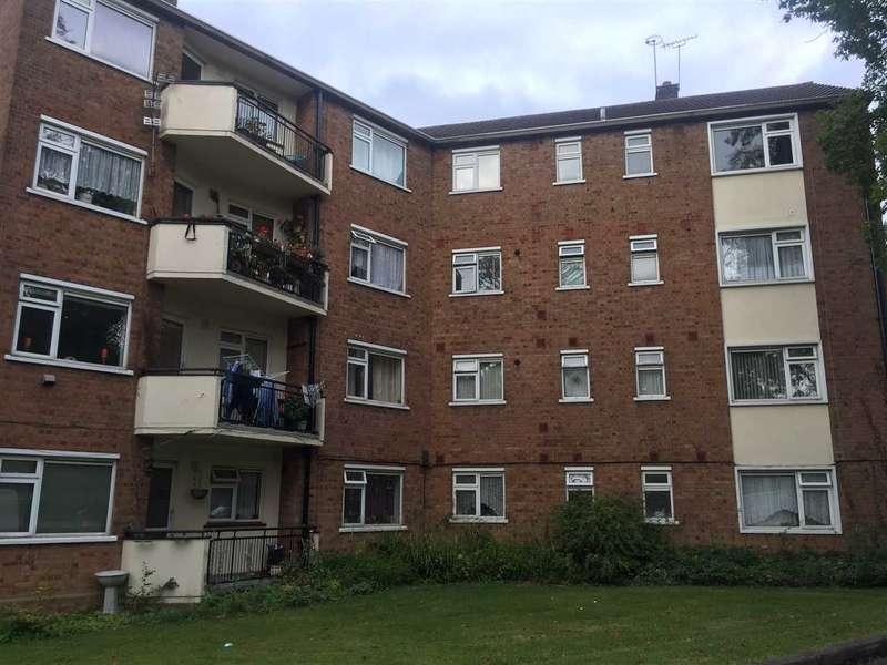 3 Bedrooms Apartment Flat for rent in Buckhurst Hill, Buckhurst Hill