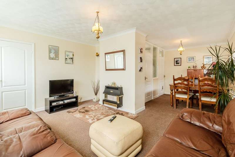 2 Bedrooms Bungalow for sale in Fontwell Drive, Mexborough, South Yorkshire S64 0BH