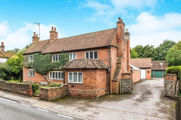 4 Bedrooms Detached House for sale in West Clandon, Guildford, Surrey