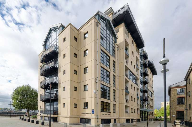 2 Bedrooms Flat for sale in Wheel House, Isle Of Dogs, E14