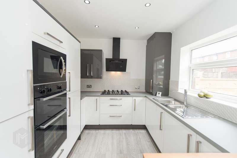 2 Bedrooms Terraced House for sale in Fern Street, Ramsbottom, Bury, BL0