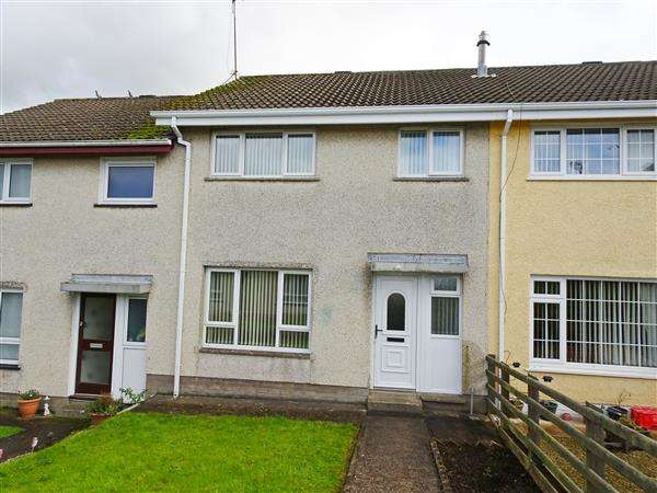 3 Bedrooms Terraced House for sale in 8 Abbey Drive