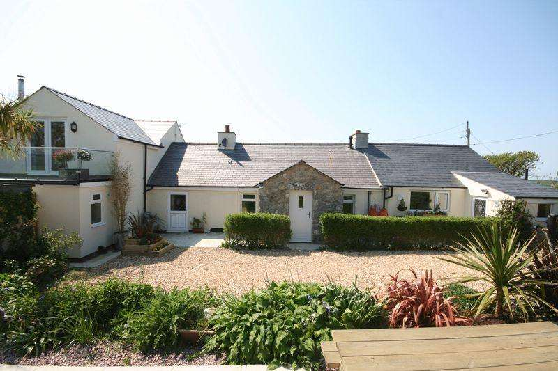 4 Bedrooms Cottage House for sale in Llanfaethlu, Anglesey (Nr Church Bay)