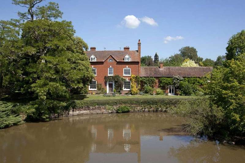 7 Bedrooms Detached House for sale in Elmbridge, Droitwich, Worcestershire, WR9