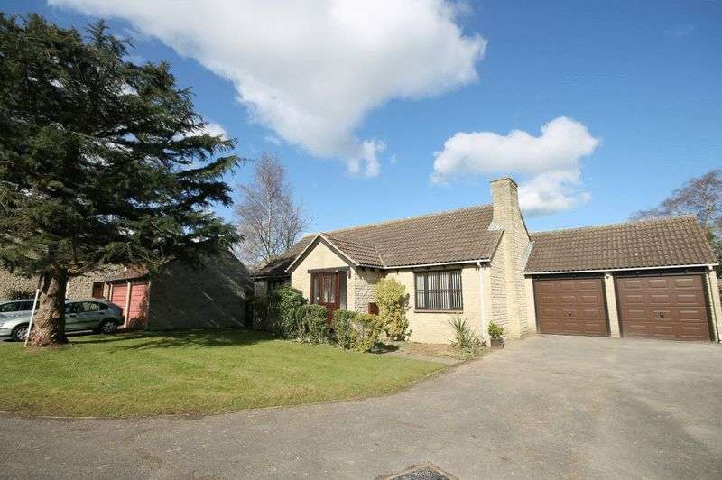3 Bedrooms Property for sale in The Spears, Yarnton